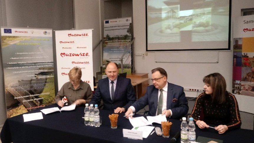 Gmina Odrzywół otrzymała dotację na budowę świetlicy w Kolonii Ossie.