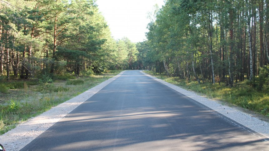 Zakończyły się remonty dróg gminnych.