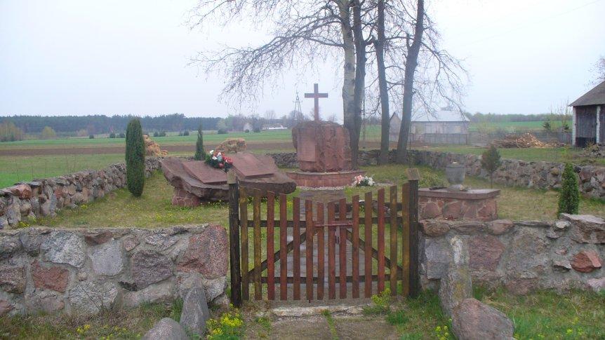 Cmentarze i kwatery wojenne na terenie gminy Odrzywół.