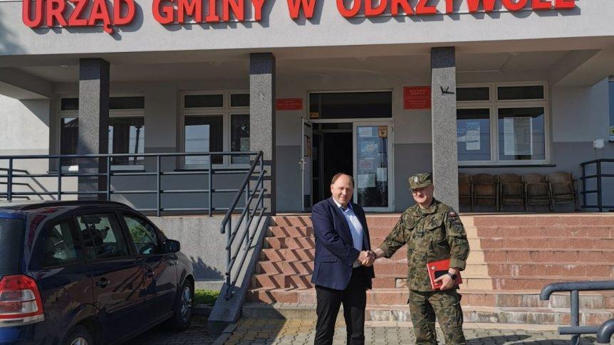 Dowódca 61 batalionu WOT z wizytą w Odrzywole